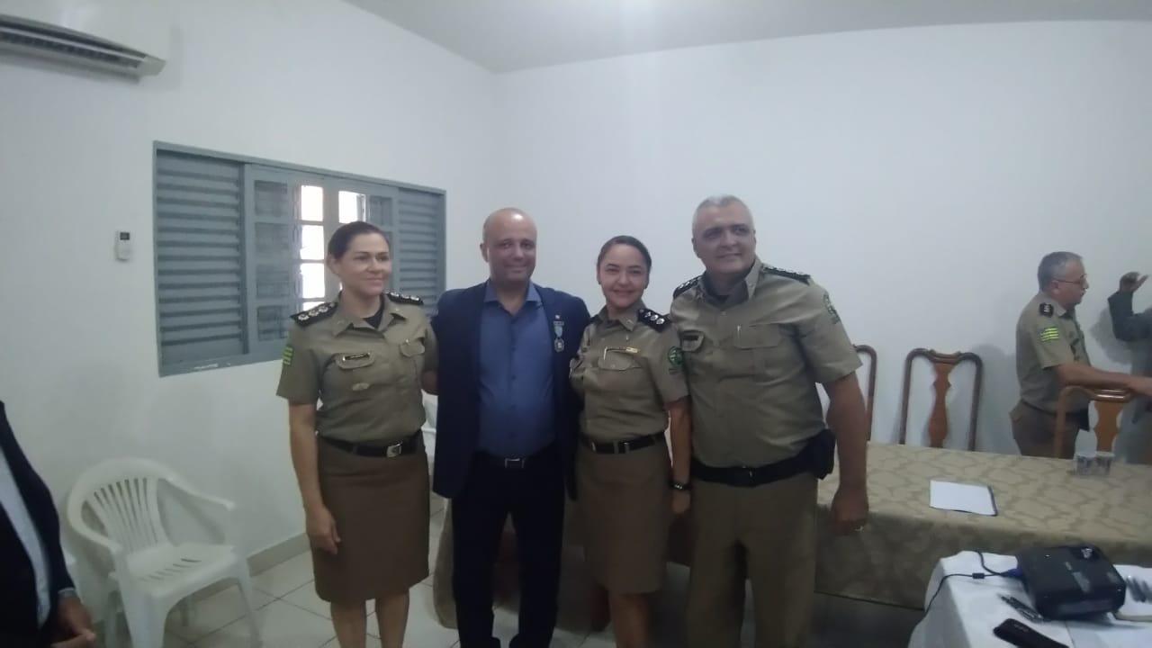 Líder do governo  deputado federal major Vitor Hugo visita CEPM